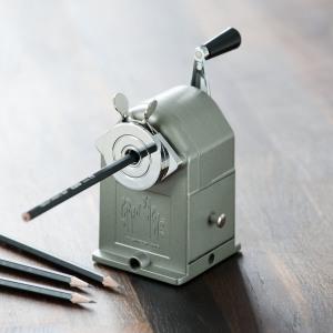taille-crayon-mecanique-caran-dache